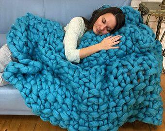Super Chunky Blanket in Pearl pattern - Chunky knit blanket - Merino Wool  Blanket - Hand Knitted Blanket- Wool Chunky Blanket - Cozy blanket d6d41eaf297