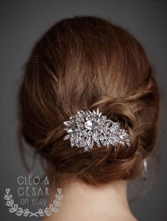 Wedding Crystal Hair Comb Handmade Accessories par CleoandCesar