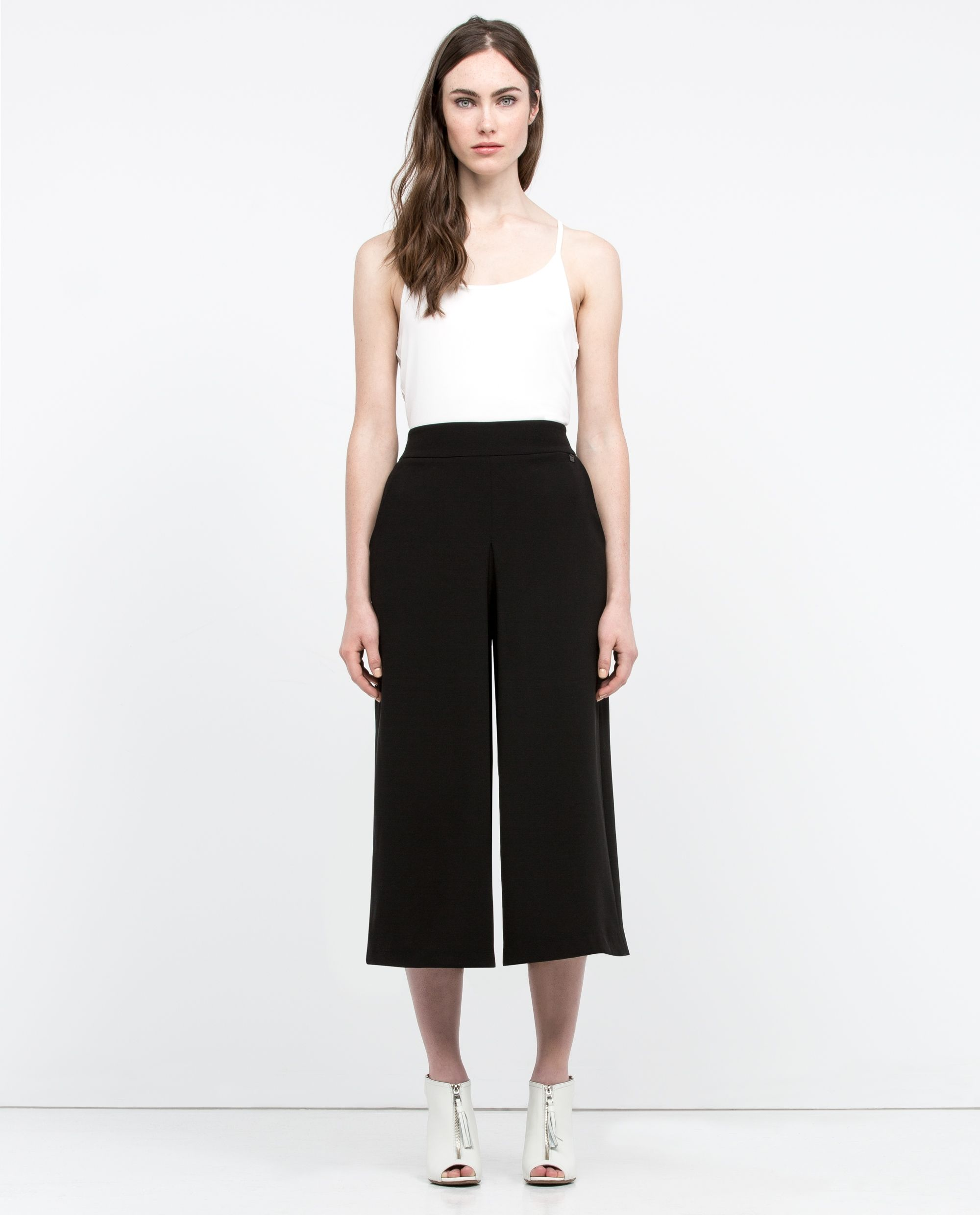Refresh Your Wardrobe With Mayol A Wide Legged Capri Pant That