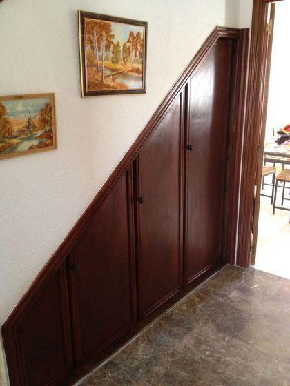 Resultado de imagen para armario bajo escalera brenda for Armario debajo escalera