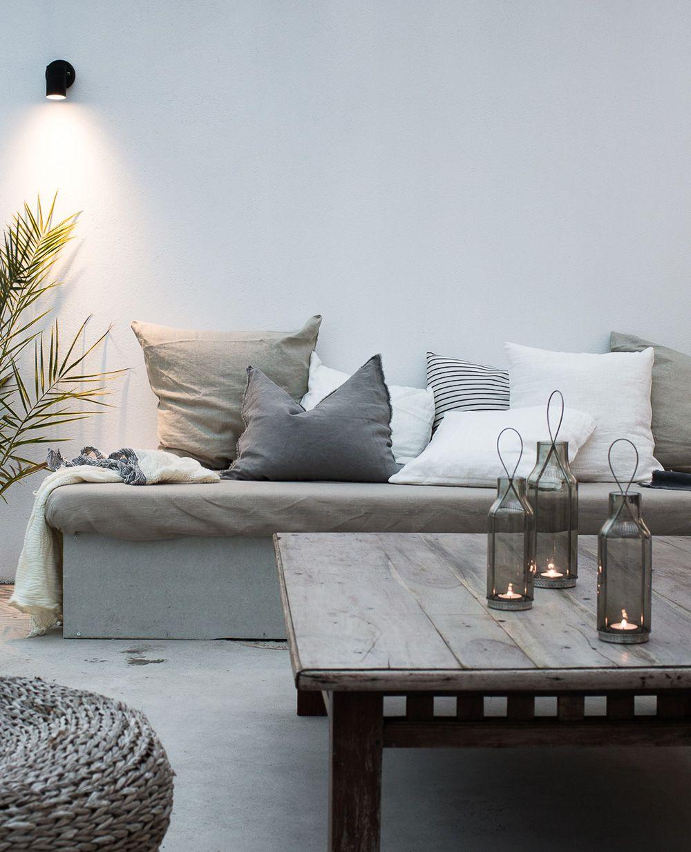 Daniella Witte inreder en lounge vid poolen | Terrasse, Balkon und ...