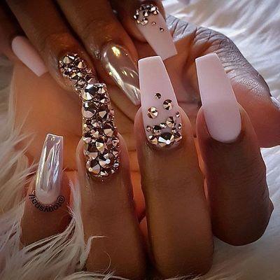 make an original manicure for valentine's day  coffin