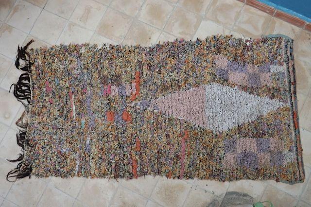 Authentic Moroccan carpet 85x175 cm ref IH10-02