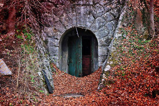 Mysterious Door Doors Mystery Doorway
