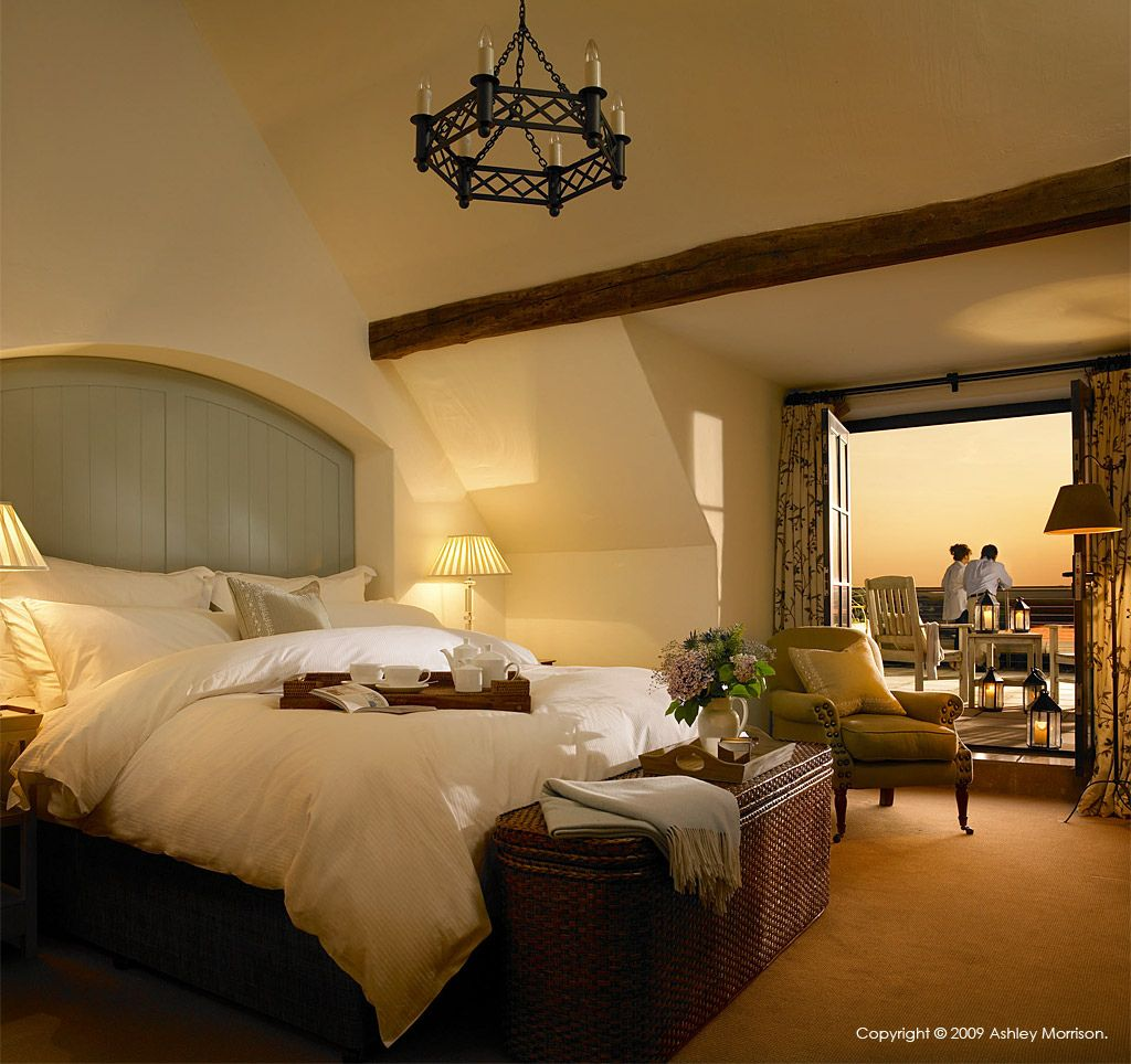 Pin Henry Charles Master Bedroom Luxury Accommodation Decor Styles