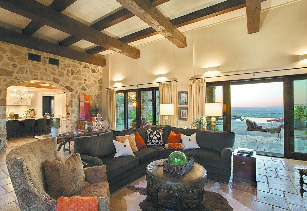 Hillcountry homes hill country architecture and home for Country interior design