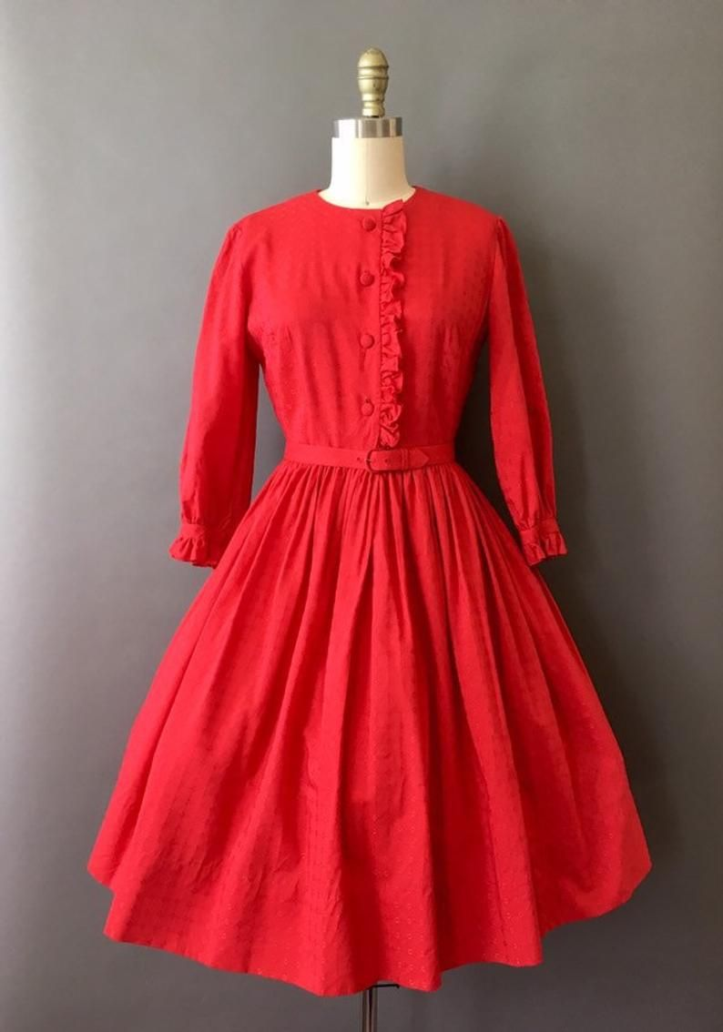 50s Red Pout And Ruffle Dress 1950s Vintage Red Fit And Etsy In 2021 1940s Vintage Dresses Vintage Pink Dress Old Fashion Dresses [ 1134 x 794 Pixel ]
