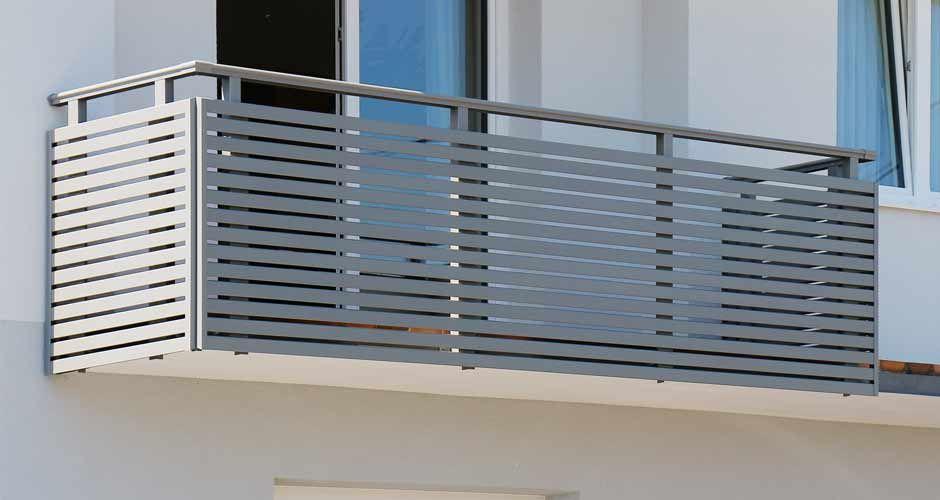geradlinig elegantes balkongel nder aus alu in 2019 gel nder balkon balkon und balkon zaun