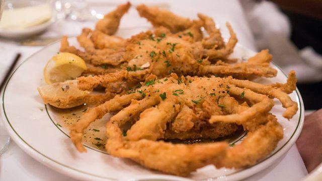 15 Best Virginia Beach Restaurants Fried Soft Shell Crab Soft Shell Crab Recipe Food