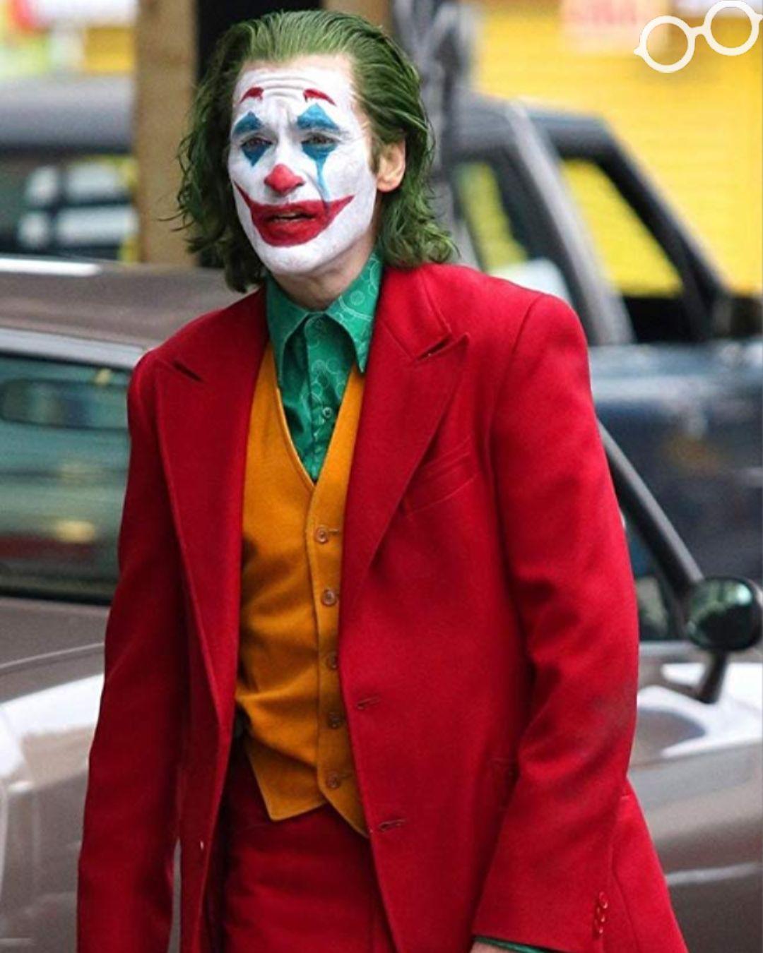 The Joker S Many Origin Stories Joker Suit Joker Face Joker Hd Wallpaper