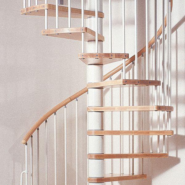 25 escaleras de caracol for Escaleras metalicas exteriores precios