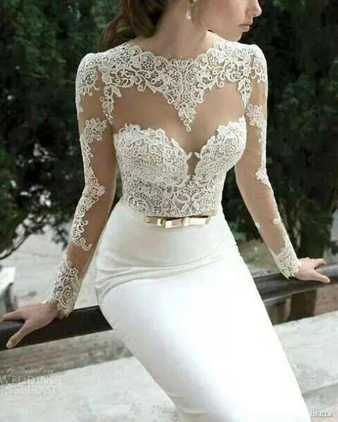 Lace corset top with sleeves