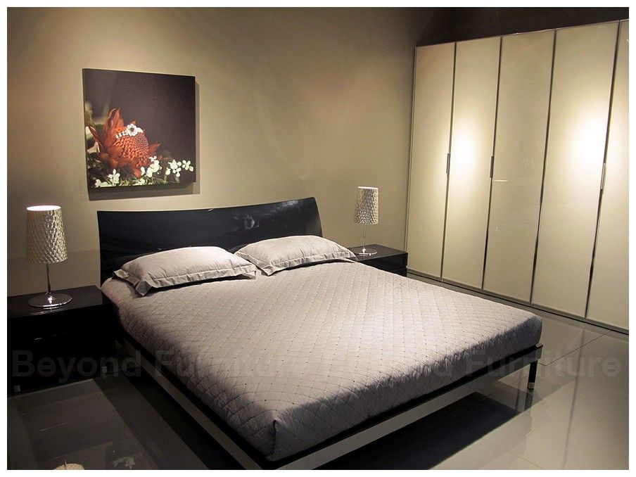 Paint Color Grayish Taupe Maybe A Little Too Modern Tho Bedroom Sets Chic Bedroom Furniture