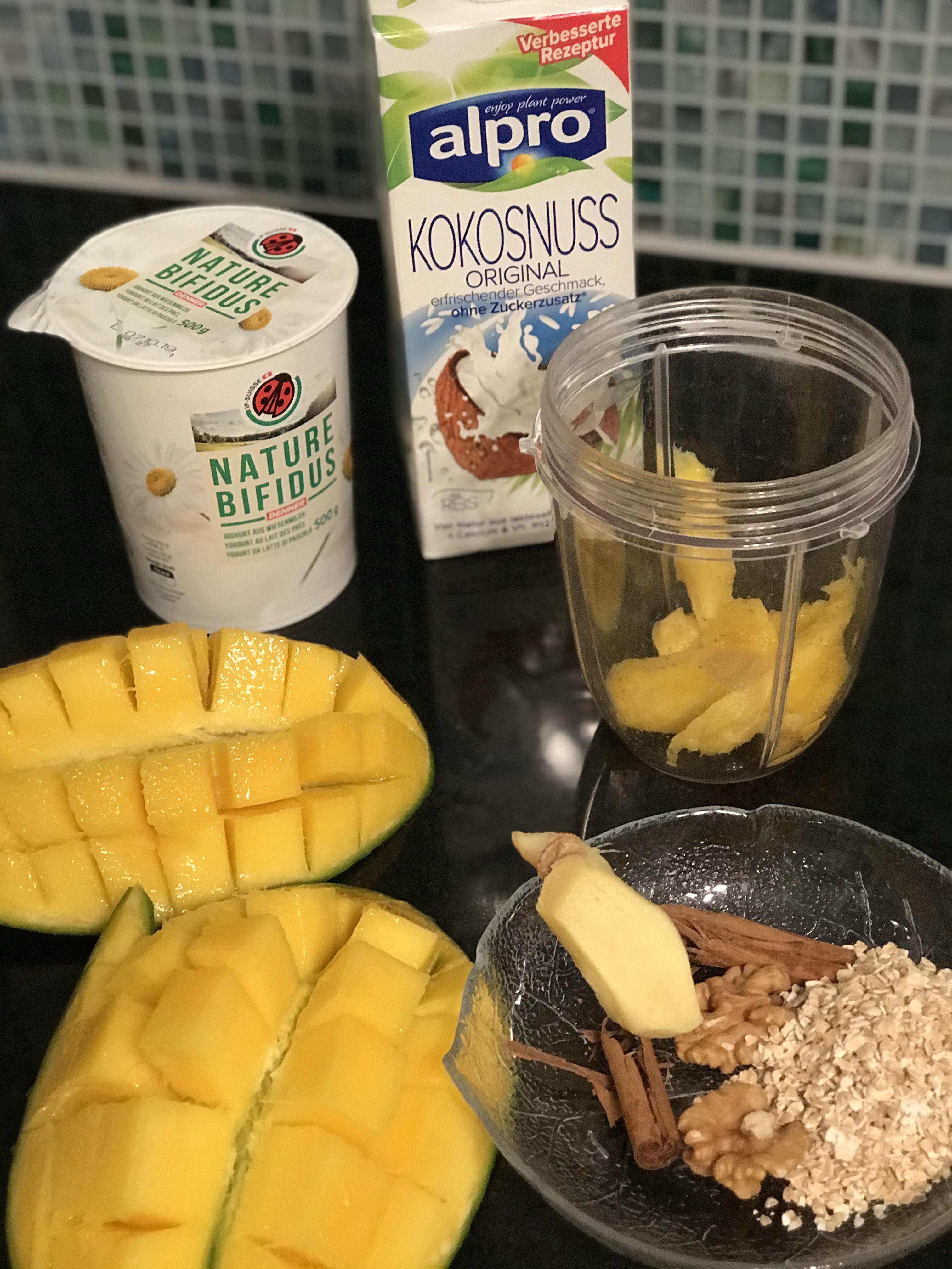 Mango Ingwer Zimtstange Walnusse Vollkorn Haferflocken Joghurt Kokosmilch Rezepte Kokos Kokosnuss
