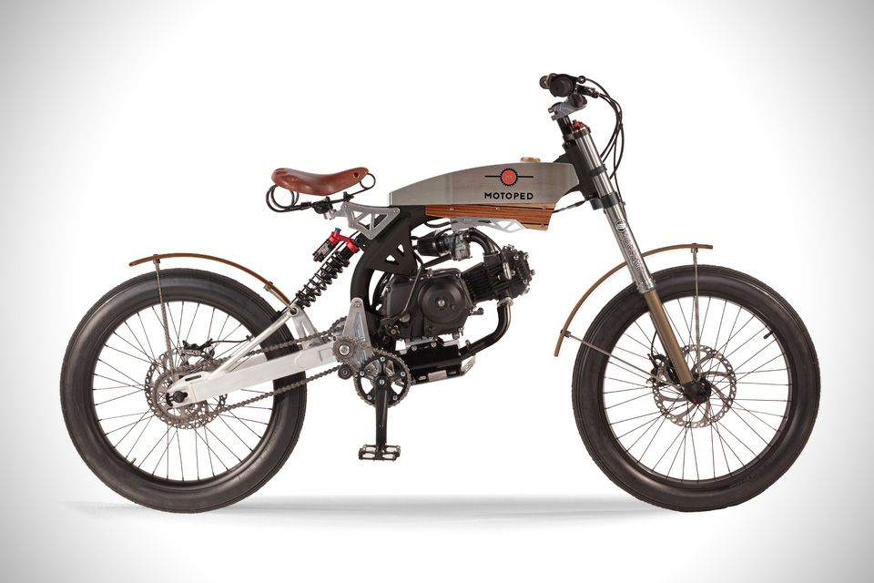 With the versatility of a moped, the styling DNA of a motorcycle ...
