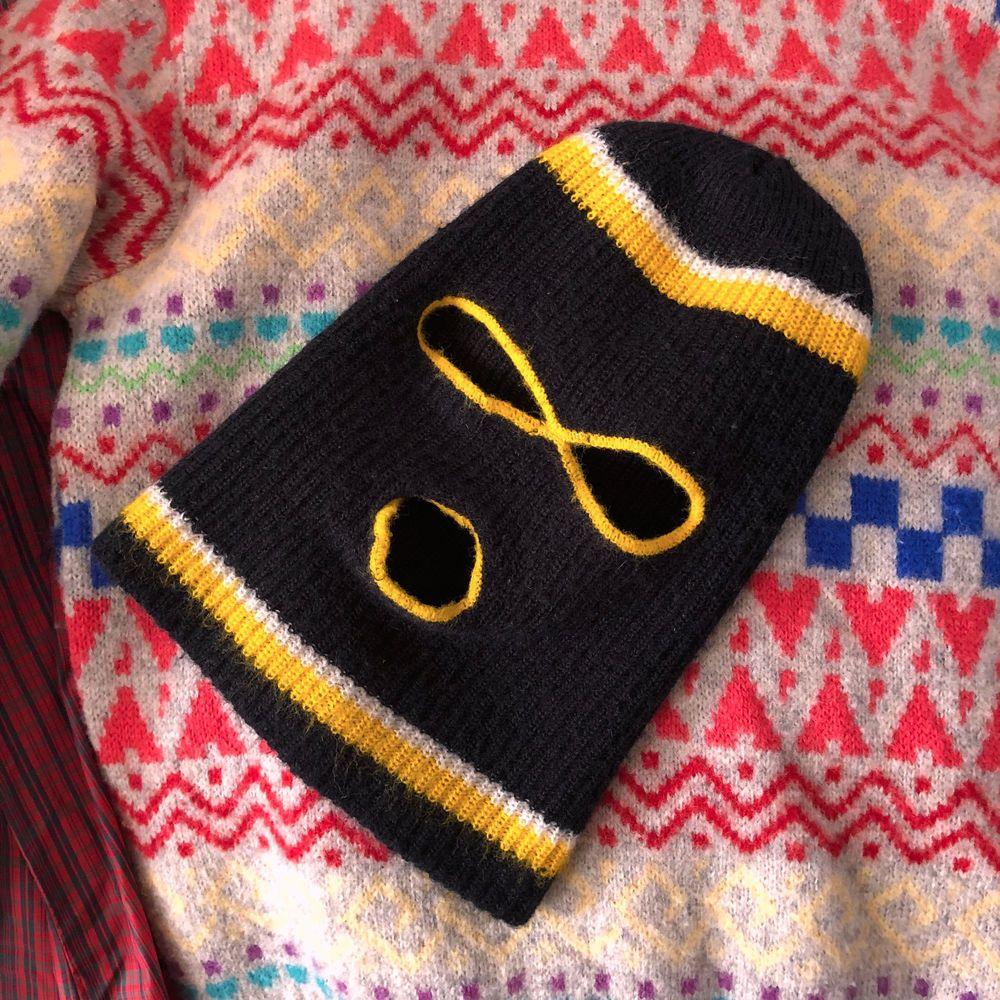 19f92275062 Vintage 1960s Pullover Knit Ski Hat Bank Robber Full Face Mask Eye Holes  1970s  Unbranded