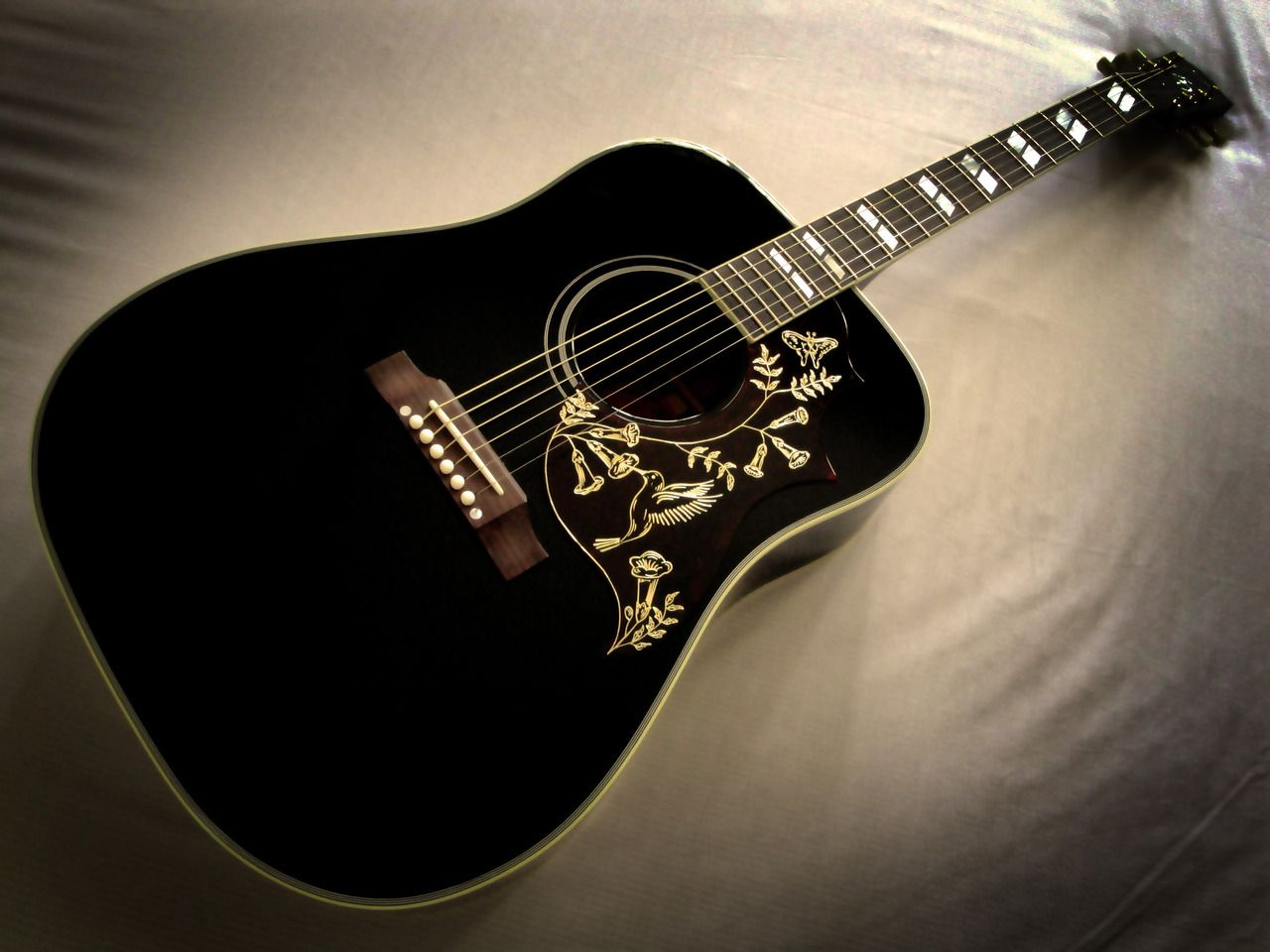 Black Hummingbird Black Acoustic Guitar Gibson Guitars Guitar Classes