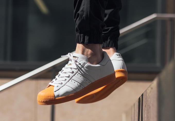 b147ba7d1d344 adidas-originals-superstar-80s-gum-toe-2