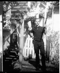 Famous photo of Lee Harvey Oswald that was on the cover of ...