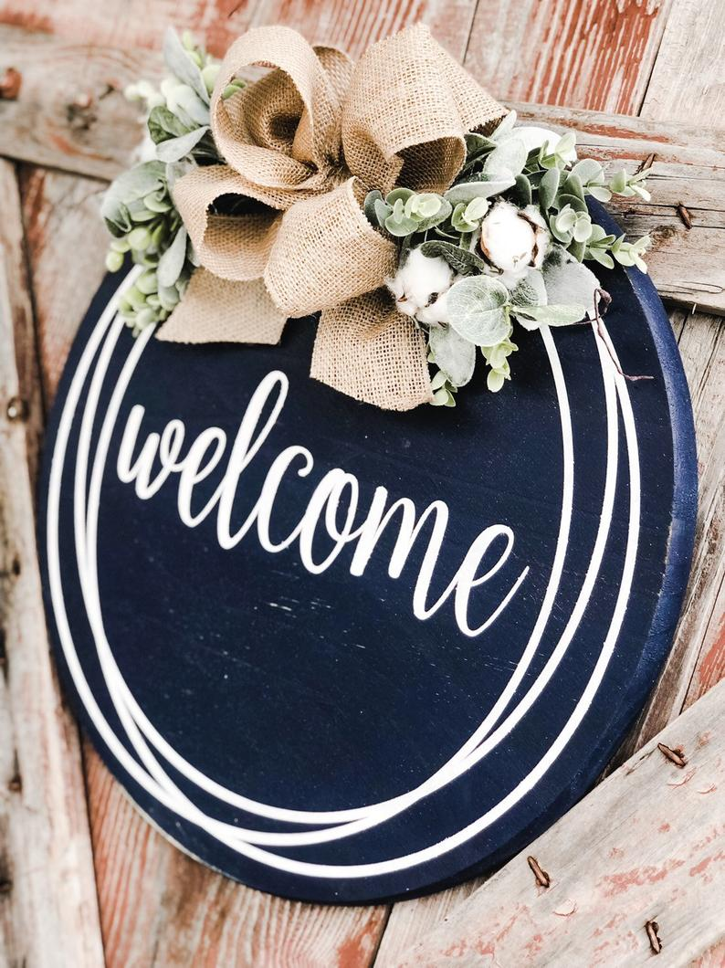 Round Door Hanger Farmhouse Wall Decor Welcome Sign Etsy In 2020 Diy Door Decor Door Decorations Door Signs Diy