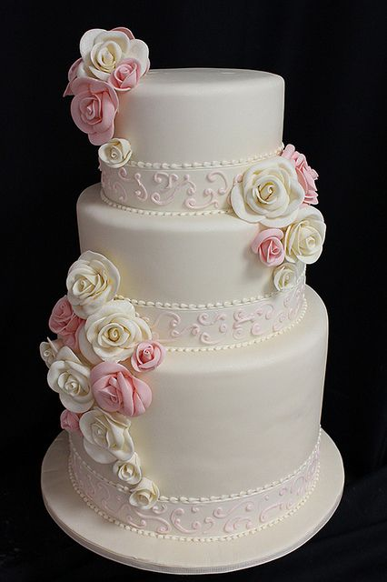 Scrollwork Ribbon And Sugar Roses Wedding Cake Wedding Cake Roses Elegant Wedding Cakes Wedding Cakes