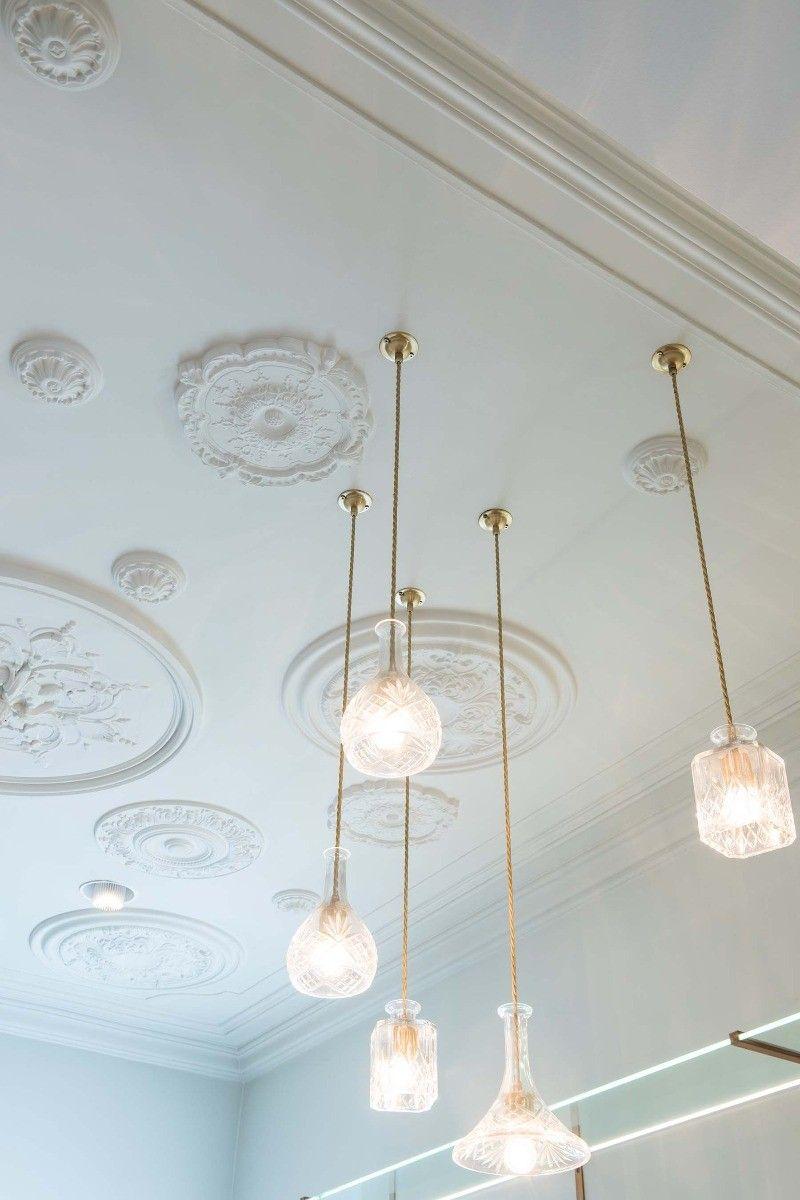 Mon Plafond Est Beaucoup Trop Haut Trop Froid Que Puis Je Faire Pour Y Remedier Rozetten Plafond Decor Plafond