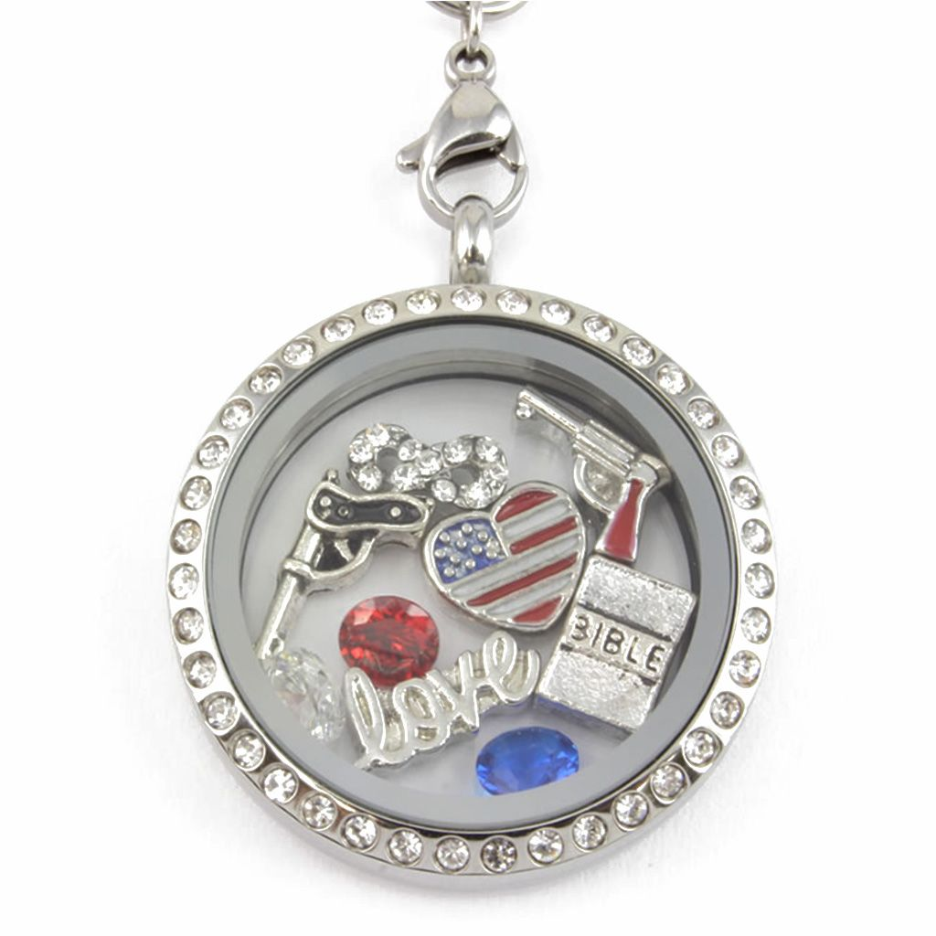 Perfect Locket for any #Patriot! Not Sold in Stores!! - Material: Stainless Steel Locket and Chain - Locket Size: 30 mm - Chain Size 30 inch - **All Charms In Picture Included** #christmas #gifts
