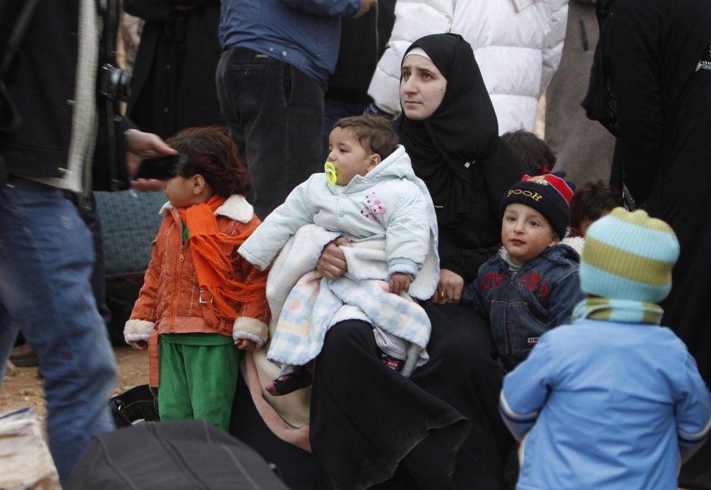 Refugiados sirios llega a 3 millones - http://notimundo.com.mx/mundo/refugiados-sirios-llega-a-3-millones-mitad-de-la-poblacion/13427