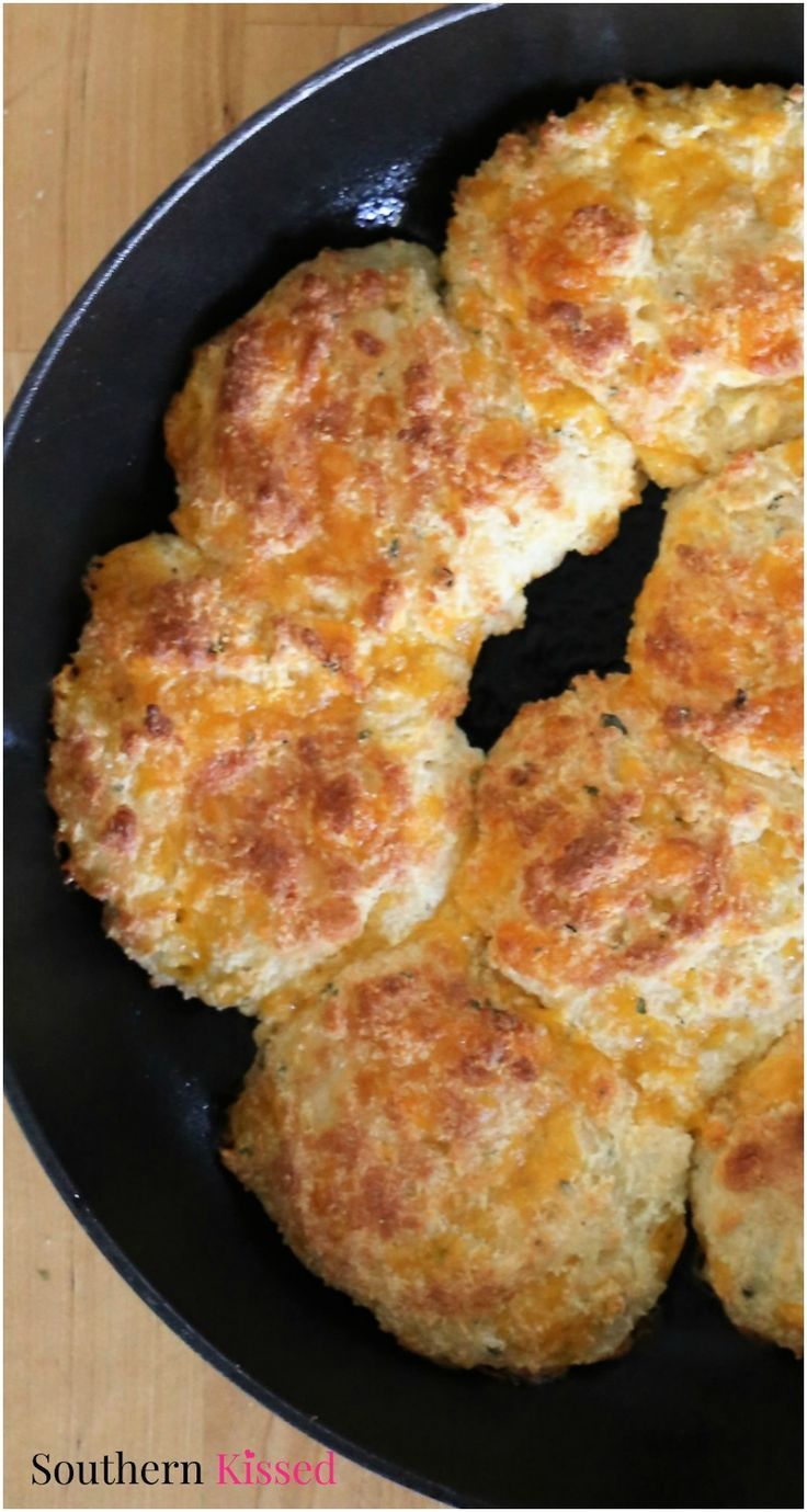 These Keto Cheddar Bay Biscuits have the delicious taste