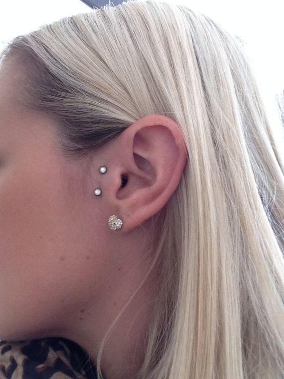 Bien connu 27+ Surface Ear piercing Pictures | Piercings ❌ | Pinterest  RU15
