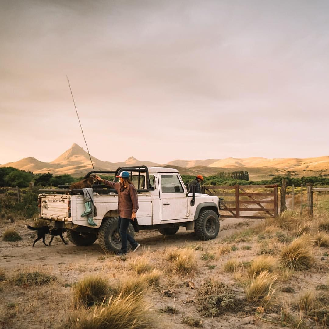 Land Rover Defender 110 Td4 Pickup Truck Cab //Cars For