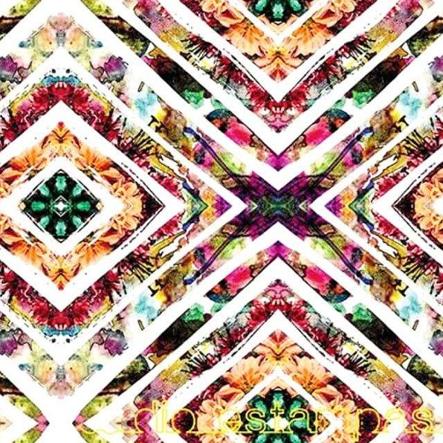diobernardo #dio #pattern #surface #surfacedesign #fashion #geometric #watercolor #flower #summer #moda #brasil #brazilian #art
