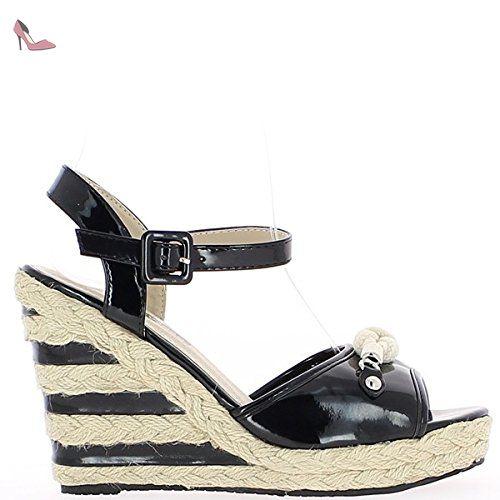 7b08bcec47b8e Sandales compensées femme noires vernies talon de 11cm et plateau - 38 -  Chaussures chaussmoi (