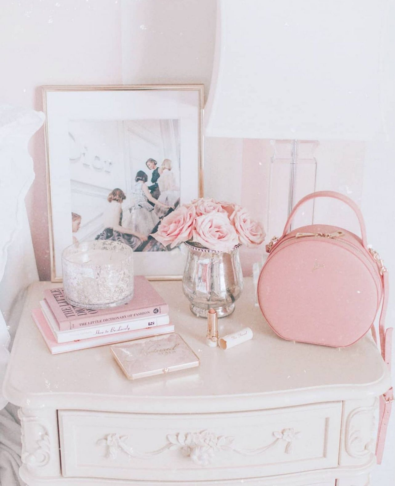 Pink Bedroom Ideas That Can Be Pretty And Peaceful Or: 40+ Beautiful Christmas Decorations Bedroom Girly Ideas
