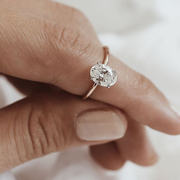 ring set pin white bespoke rose carat rings solitaire a band gold diamond fine oval on in engagement