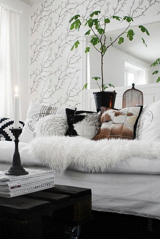 Salon Noir Et Blanc Papier Peint Branchages Souples Et Gracieux