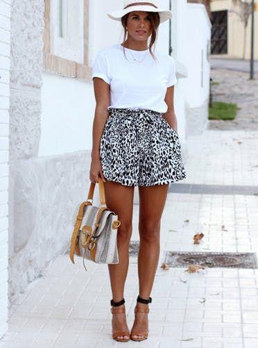a68663383 8 Super-Chic Ways to Dress Up a White Tee | Summer Lovin | Fashion ...