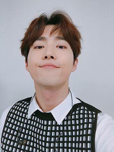 EXO - 수호 / Suho - 김준면 / Kim JunMyeon