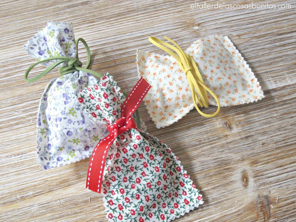Diy c mo hacer bolsa de tela sin coser souvenir de tela - Bolsas de tela manualidades ...
