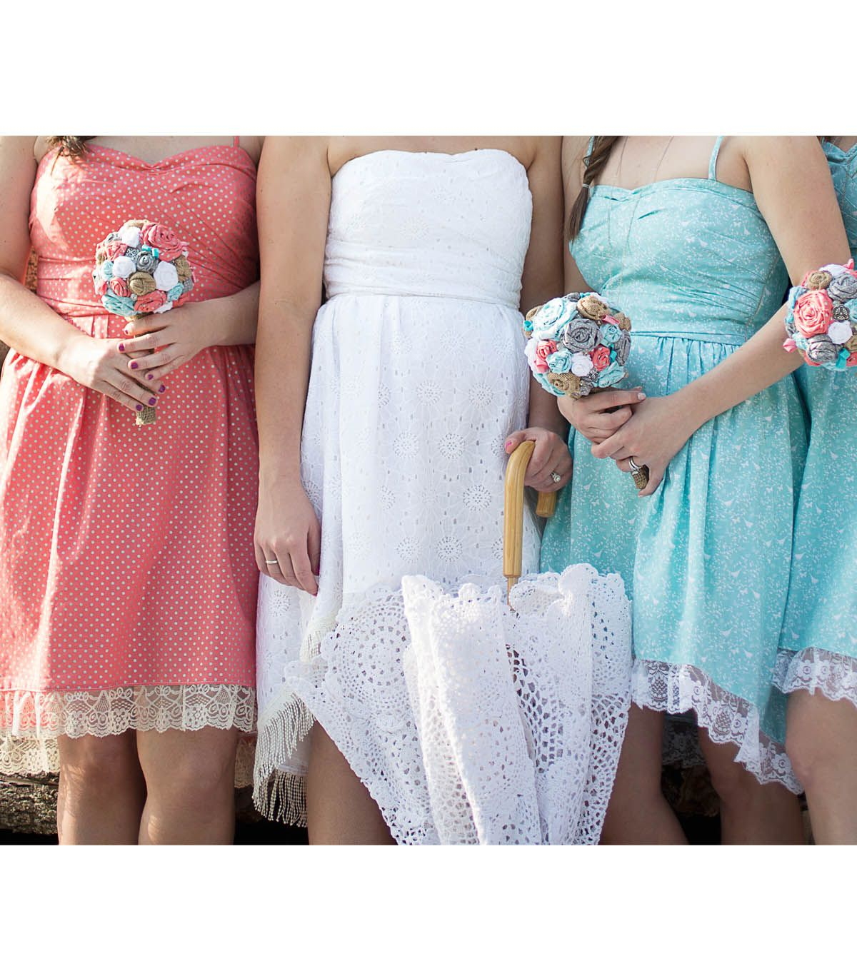 Diy Wedding Gowns: Country Chic Bridesmaid's Dresses And Bride's Dress