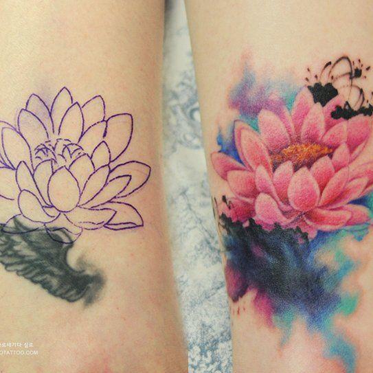기존에 있던 날개를 #연꽃 #수채화타투 로 #커버업 해드렸습니다 화창한 날씨만큼이나 활짝핀 #연꽃타투:) #타투 #tattoo #타투스튜디오아로새기다 #타투이스트실로 #아낙림 #꽃타투 #lotus #flowertattoo #lotustattoo #flowers