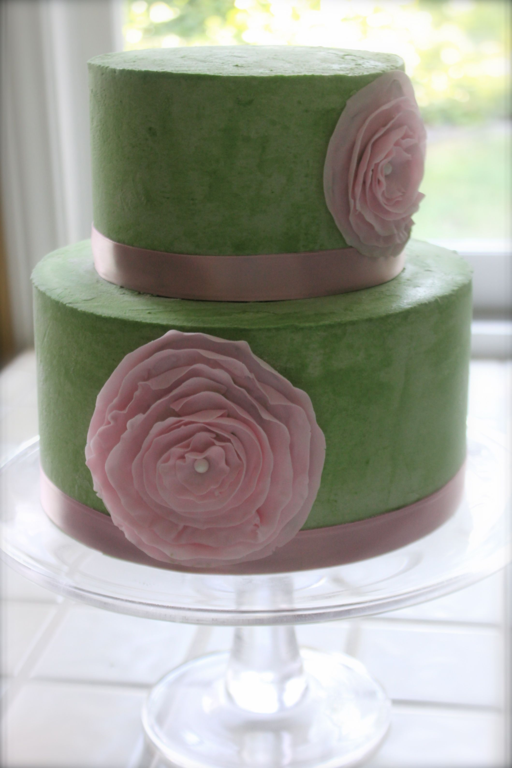 Pale Green Cake With Pale Pink Fondant Flowers Pastrygirls