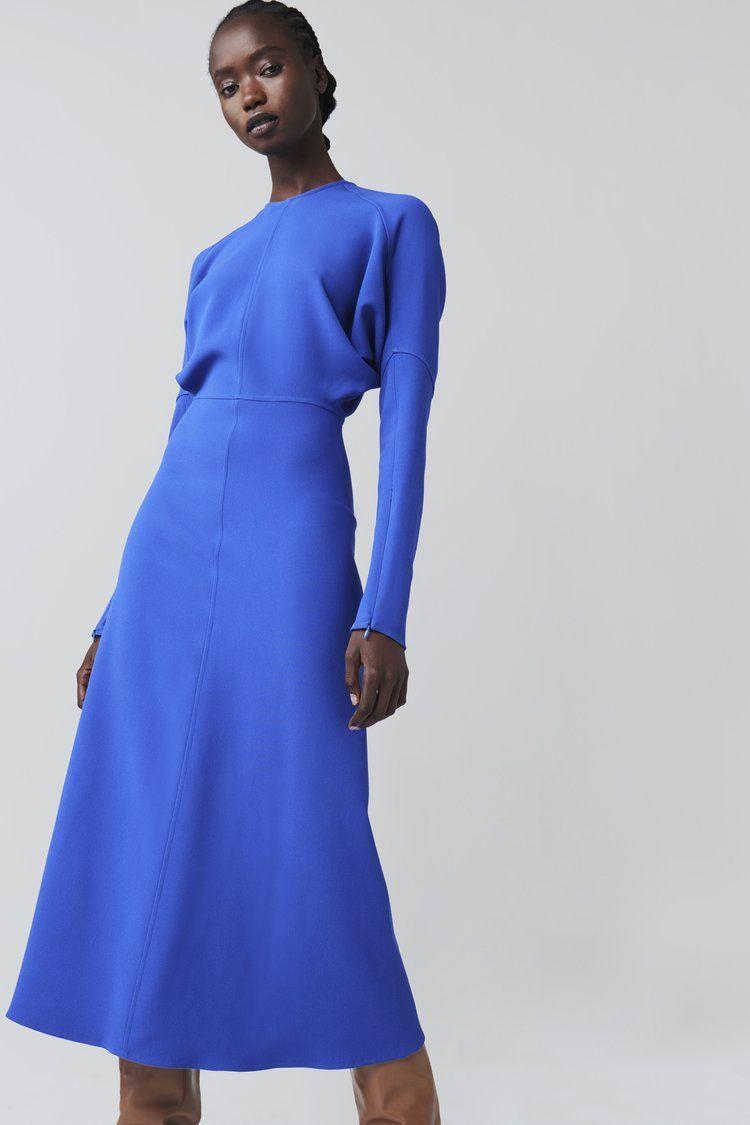 Dolman Sleeve Midi Dress In Bright Blue Victoria Beckham Moda Vestidos Unas Azules [ 1125 x 750 Pixel ]