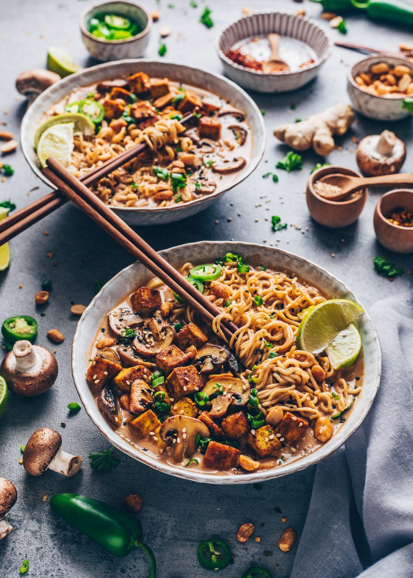 Thai-Erdnuss-Nudelsuppe - Ramen (Vegan) - Bianca Zapatka | Rezepte