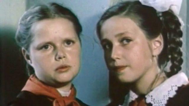 список советских фильмов про школу про любовь и про