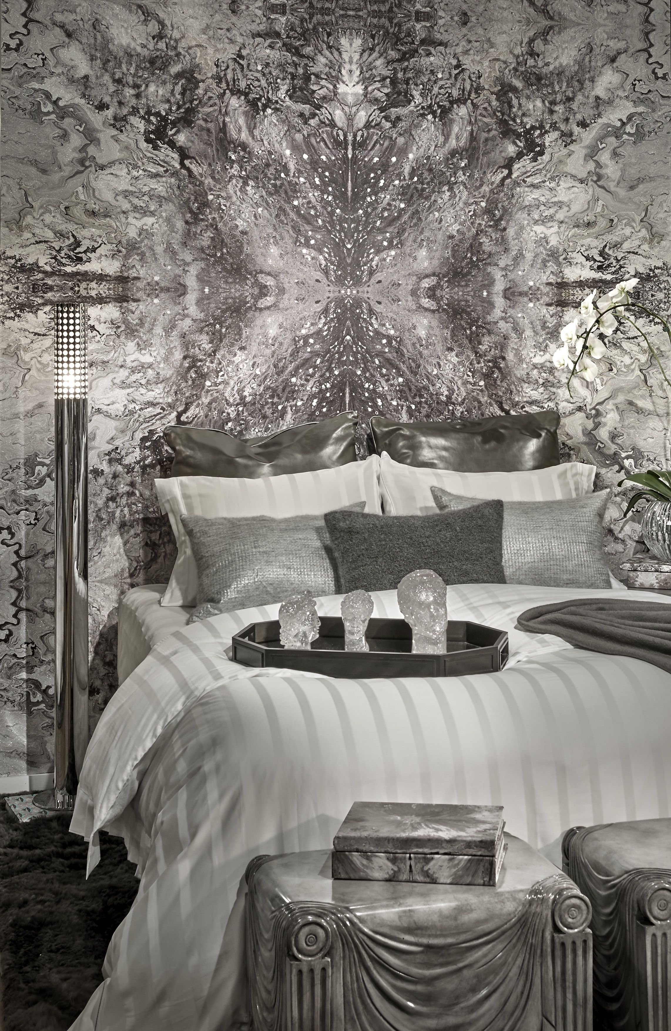 Wall coverings by Cathy Bruni Norris vignette located a Chicago Luxury Beds Dreaming of Design 2017.