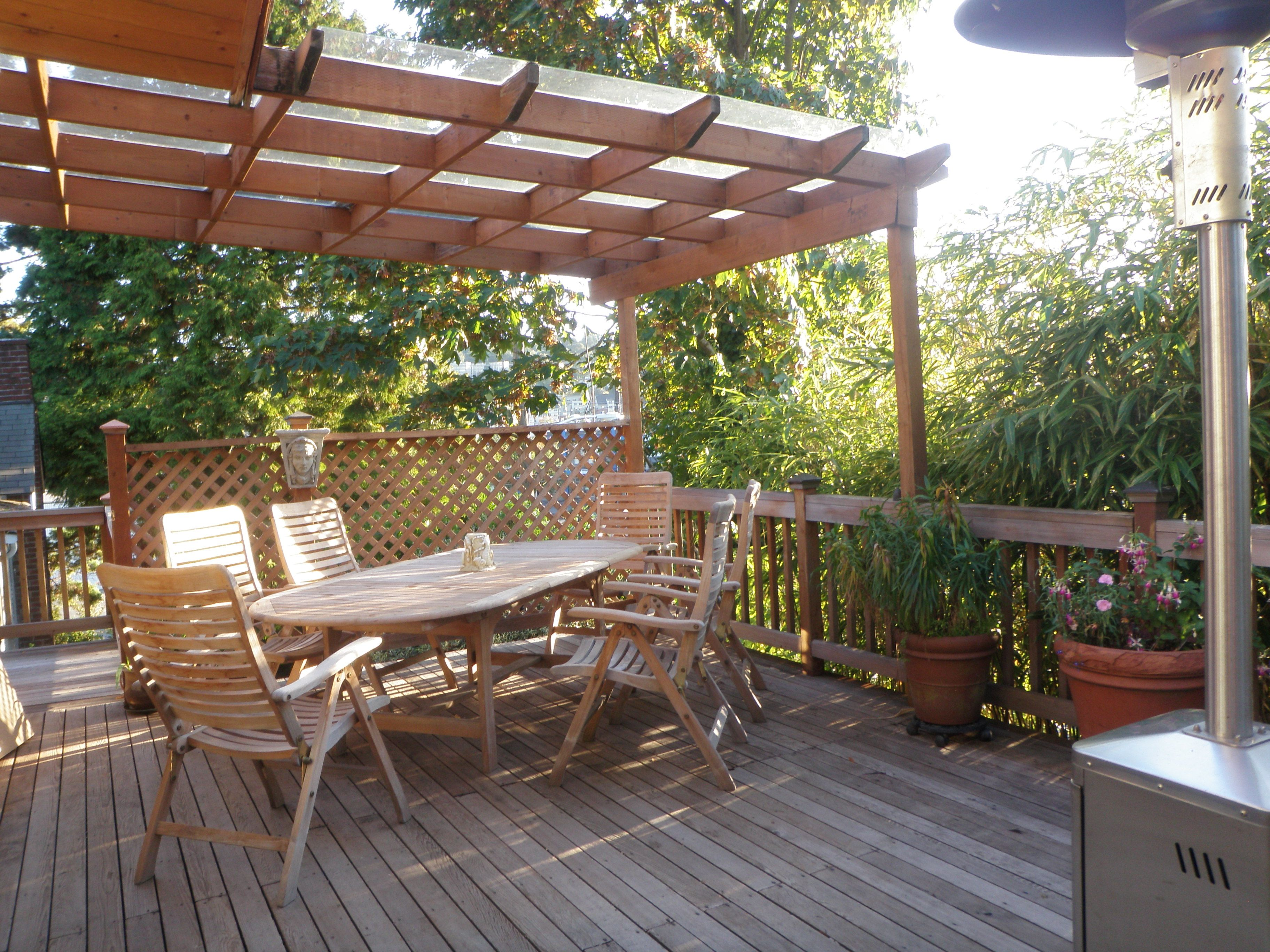 3 Level Deck With Hot Tub Table Chairs Covered Cooking
