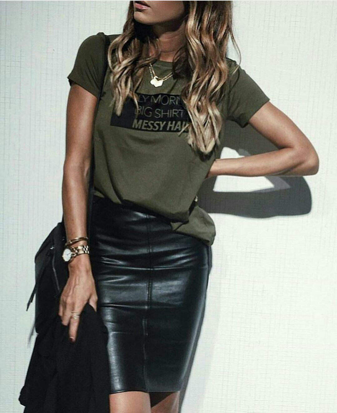 green t shirt black leather pencil skirt my style