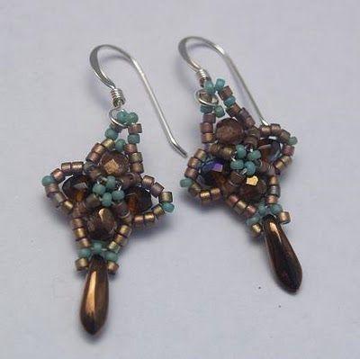 Belinda Saville - Handcrafted Jewellery: December 2009