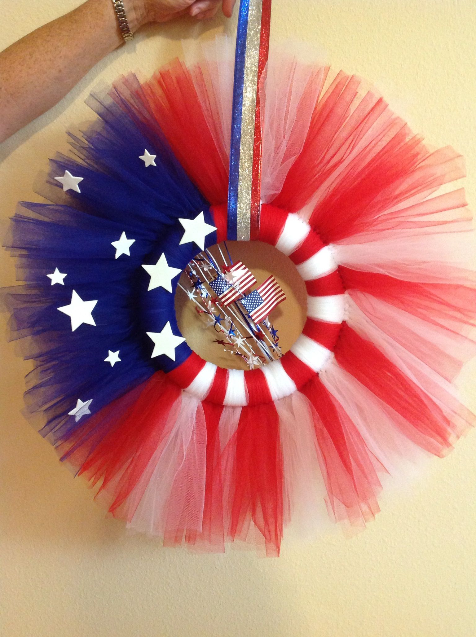 4th Of July Tulle Wreath With Images Tulle Wreath Tulle Crafts 4th Of July Decorations